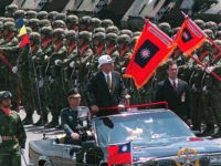 Taiwan President Lee Teng-hui inspects a newly restructured army brigade during military drills on the offshore island of Penghu, close to the Chinese mainland, 18 May, 1999. The defense ministry said the brigade was 75 percent stronger in firepower after the reforms. AFP PHOTO (Photo by TAO-CHUAN YEH / AFP) …