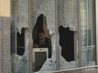 Oakland federal building (Jeff Chiu / Associated Press)