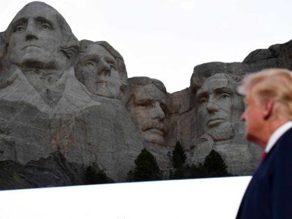 Trump and Mount Rushmore (Saul Loeb / AFP / Getty)