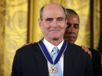 James Taylor Trashes Trump as 'Inept and Corrupt Narcissist'