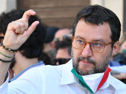 Salvini Accuses Italian Government of Prolonging Pandemic 'for Political Purposes'