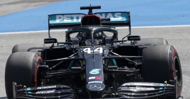 Formula One world champion Lewis Hamilton is starting Sunday's season-opening Austrian Grand Prix from fifth spot after stewards gave him a three-pl