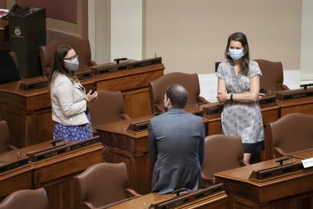 Walz signs order requiring Minnesotans to wear face masks