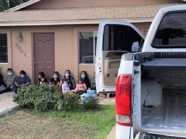 Border Patrol agents apprehend 30 migrants pack like sardines into a stolen pickup near the Arizona border. (Photo: U.S. Border Patrol/Tucson Sector)