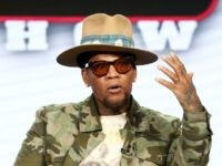 D.L. Hughley Attacks Kanye West and Trump as 'Amoral Demagogues'