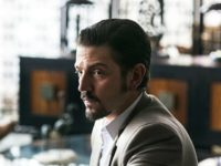 'Narcos' Star Diego Luna Demands White People 'Renounce' Their Privilege