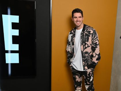 NEW YORK, NEW YORK - FEBRUARY 09: E News co-host Scott Tweedie is spotted in the E! Fashion Studio during NYFW: The Shows at Spring Studios on February 09, 2020 in New York City. (Photo by Bryan Bedder/Getty Images for IMG)