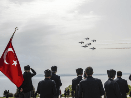 "Turkish Air Force aerobatic team ""the Turkish Stars"" perform during an international service marking the 104th anniversary of the WWI battle of Gallipoli at the Turkish memorial Mehmetcik monument in the Gallipoli peninsula in Canakkale on April 24, 2019. - Anzac Day marks the April 25, 1915 landing of Australian …"