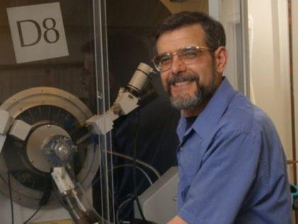 Syracuse Prof Jon Zubieta