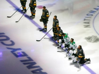 Stars, Golden Knights Players Kneel During American and Canadian National Anthems