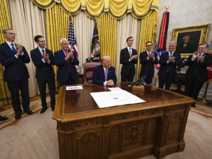 Trump peace deal Oval Office (Doug Mills-Pool /Getty)