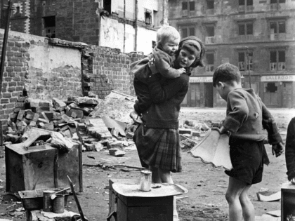 circa 1960: Children playing in an area of slums under clearance in the Gorbals area of Glasgow (Photo by Albert McCabe/Express/Getty Images)