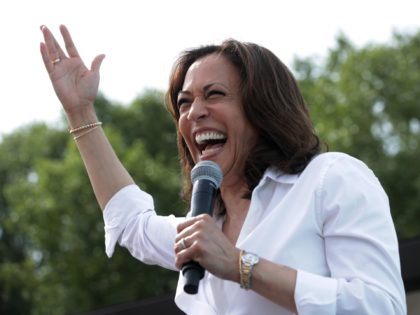 DES MOINES, IOWA - AUGUST 10: Democratic presidential candidate U.S. Sen. Kamala Harris (D-CA) delivers a campaign speech at the Des Moines Register Political Soapbox at the Iowa State Fair on August 10, 2019 in Des Moines, Iowa. 22 of the 23 politicians seeking the Democratic Party presidential nomination will …