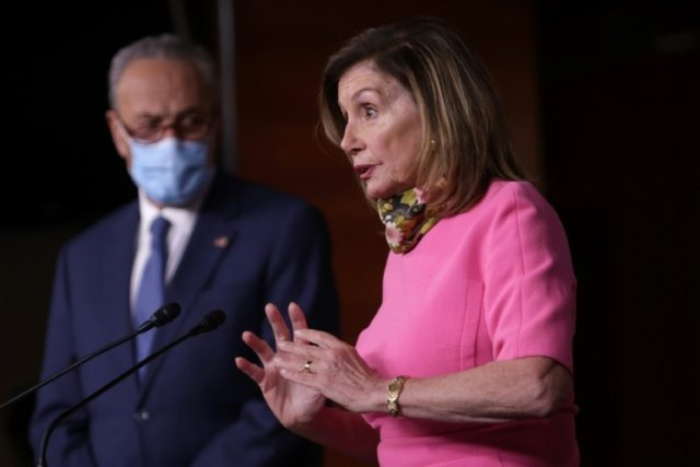 Democrats urge W.House not to quit virus relief talks