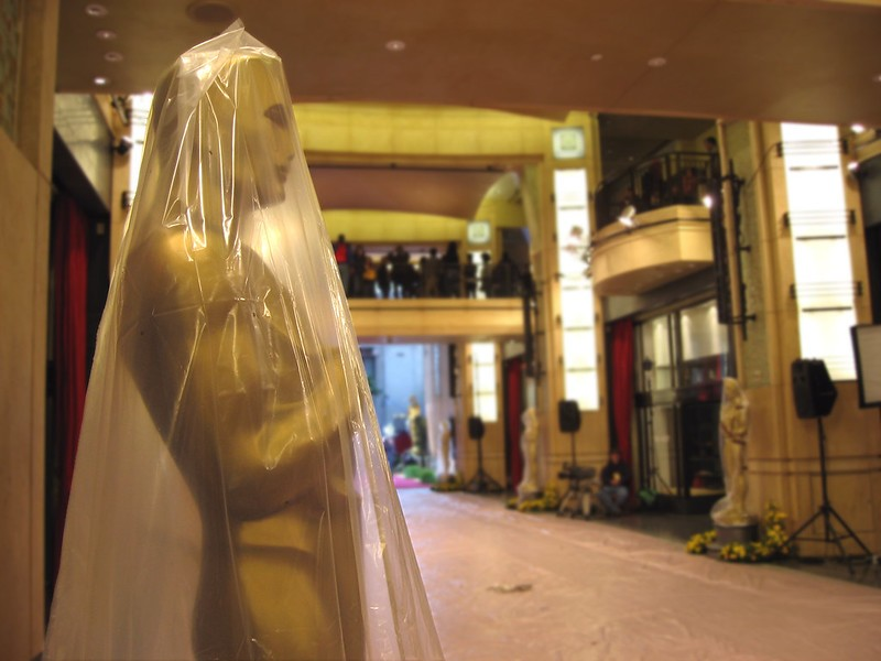 Academy Lists New 'Diversity' Requirements to Win Oscar for Best Picture thumbnail