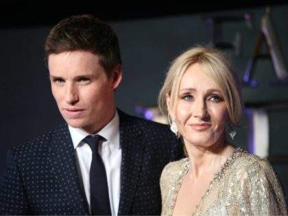 "Photo by: KGC-161/STAR MAX/IPx 11/15/16 Eddie Redmayne and J.K Rowling at the European premiere of ""Fantastic Beasts and Where to Find Them"". (London, England)"