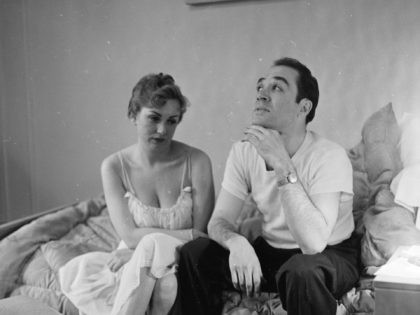 circa 1955: A married couple contemplating divorce. (Photo by Orlando /Three Lions/Getty Images)