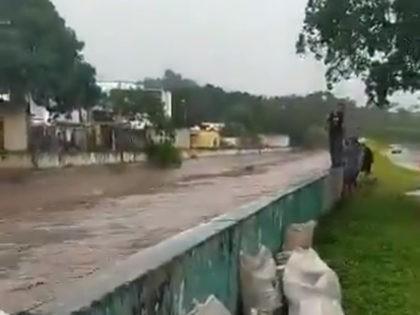 Rio Limon flooding