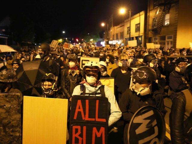 Rochester riot (Michael M. Santiago / Getty)