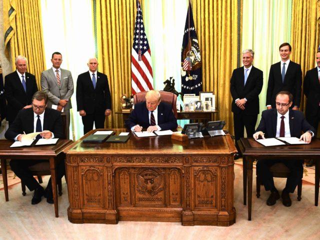 Serbia-Kosovo agreement (Brendan Smialowski / AFP / Getty)