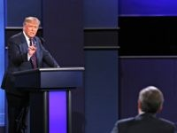 Trump Battles Debate Moderator Chris Wallace: 'I Guess I'm Debating You'