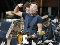Bruce Springsteen to Flee to Australia if Donald Trump Wins