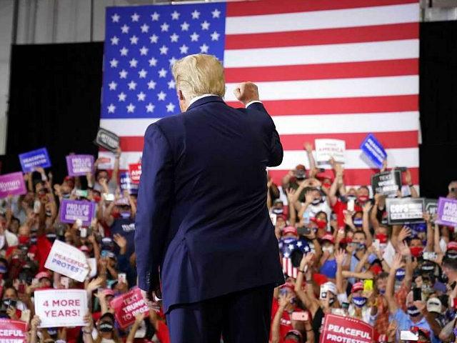Trump Hosts Justin Gaethje Colby Covington Dana White At Nevada Rally