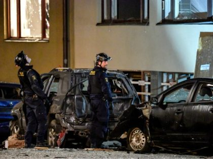 Police work at the site where an explosion damaged a residential building in central Stockholm on January 13, 2020. - Several nearby cars were also damaged by the blast, the cause of which was not known, in the affluent neighbourhood of Ostermalm. (Photo by Anders WIKLUND / various sources / …