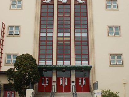 The main entrance of Abraham Lincoln High School (ALHS), Sunset District, San Francisco, California, USA