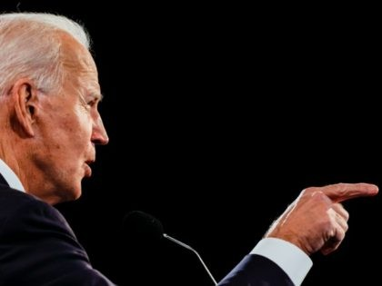 NASHVILLE, TENNESSEE - OCTOBER 22: Democratic presidential nominee Joe Biden debates U.S. President Donald Trump at Belmont University on October 22, 2020 in Nashville, Tennessee. This is the last debate between the two candidates before the November 3 election. (Photo by Jim Bourg-Pool/Getty Images)
