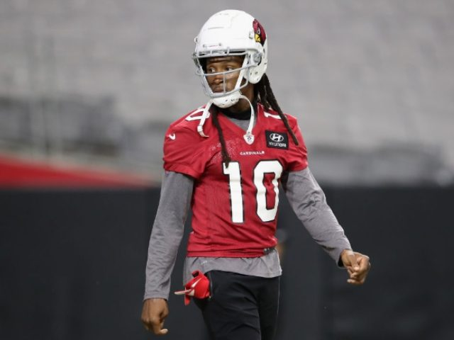 Report: Cardinals' DeAndre Hopkins Allegedly Flips Off Trump Supporters