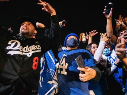 Dodgers fans (Brandon Bell / Getty)