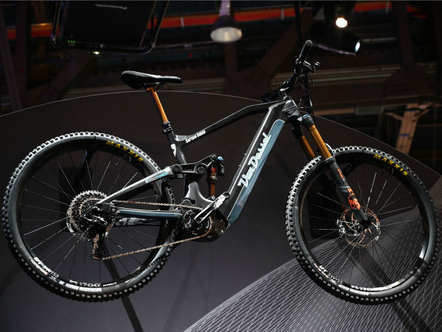 The Van Dessel electric mountain bike is displayed at the Panasonic booth at CES 2019 consumer electronics show, January 10, 2019 at the Las Vegas Convention Center in Las Vegas, Nevada. - Powered by Panasonic's batteries and GX0 motor, the e-bike has 90Nm of torque and will be available for …