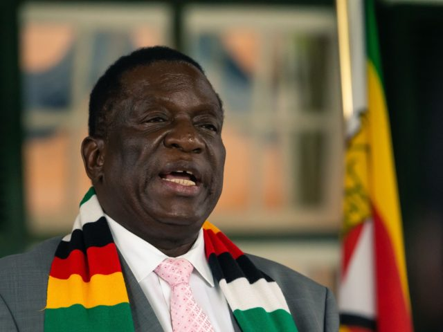 Zimbabwe President Emmerson Mnangagwa announced during a press briefing, that his government has postponed independence day celebrations and discouraged locals from travelling to all affected countries, even though the country has no detected cases so far of the COVID-19 coronavirus, in Harare on March 17, 2020. (Photo by Jekesai NJIKIZANA …