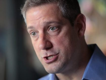 SIOUX CITY, IOWA - MAY 18: Democratic presidential candidate and Ohio congressman Tim Ryan speaks to reporters from local television stations following a campaign stop with the Woodbury County Democrats at Jitters coffee shop on May 18, 2019 in Sioux City, Iowa. Ryan is one of more than 20 candidates …