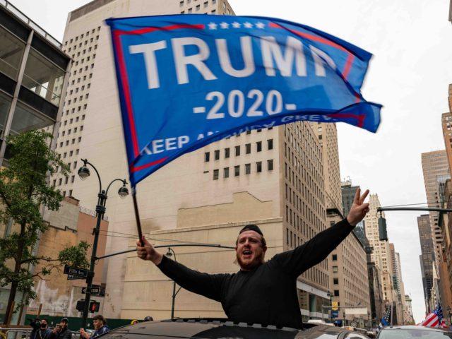 Jews for Trump caravan (David Dee Delgado / Getty)