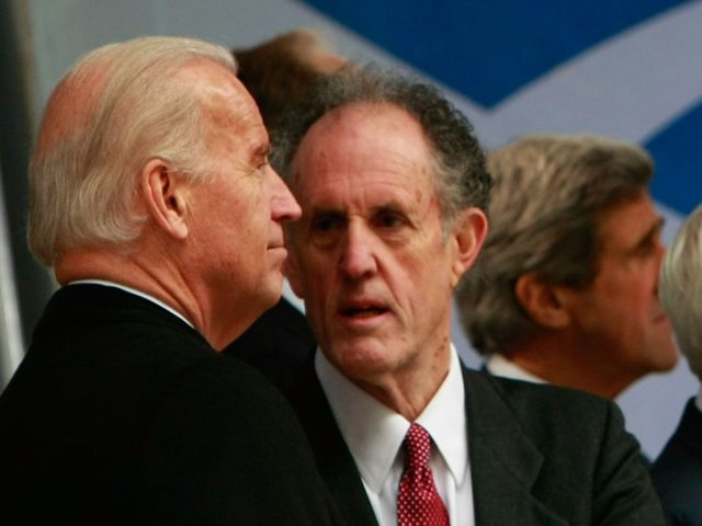 Joe Biden and Ted Kaufman (Win McNamee / Getty)