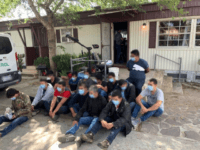 100 Migrants Arrested in 30 Hours in Texas near Border
