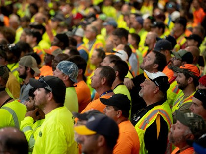 MONACA, PA - AUGUST 13: 5000 upon contractors listen to US President Donald Trump speak at the Shell Chemicals Petrochemical Complex on August 13, 2019 in Monaca, Pennsylvania. President Donald Trump delivered a speech on the economy, and focused on manufacturing and energy sector jobs. (Photo by Jeff Swensen/Getty Images)
