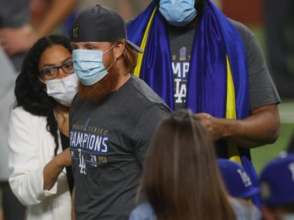 MLB Blasts Dodgers' Justin Turner for Violating Coronavirus Isolation