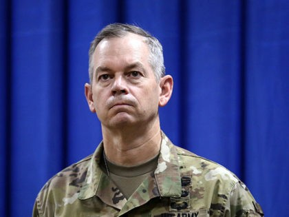 BAGHDAD, IRAQ - OCTOBER 1: Let. Gen. Sean MacFarland is introduced as the new commander General of the US led coalition in Iraq on October 1, 2015 in Baghdad, Iraq. MacFarland is a three-star general in the United States Army. (Photo by Khalid Mohammed-Pool/Getty Images)