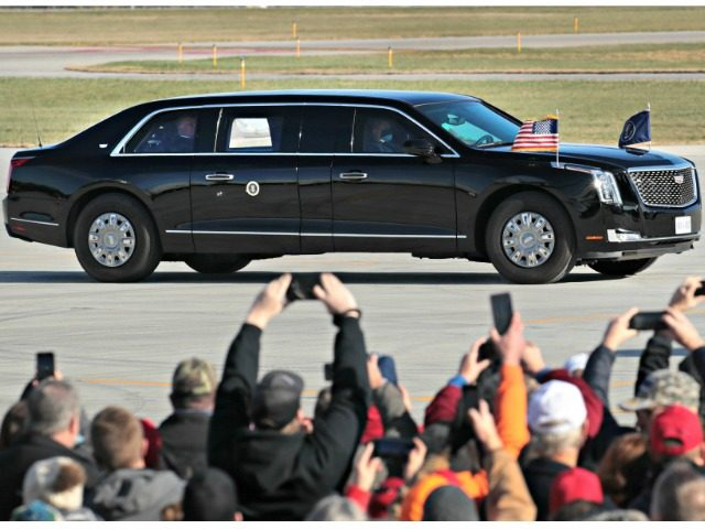 Donald Trump Personally Greets Minnesota Overflow Crowd After Democrat Limits Rally to 250