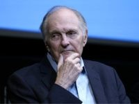 Alan Alda Says Trump 'Rejects Science and Endangers Lives'