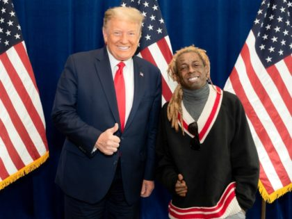 Rappers Lil Wayne, Kodak Black Pardoned by Donald Trump