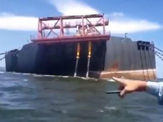 Venezuelan Oil Tanker Carrying 1.3 Million Tons of Crude Risks Sinking in Caribbean1 eldiario  TwitterBen Kew22 Oct 2020