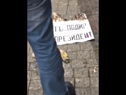 russian man self immolates with putin birthday sign1 (2)