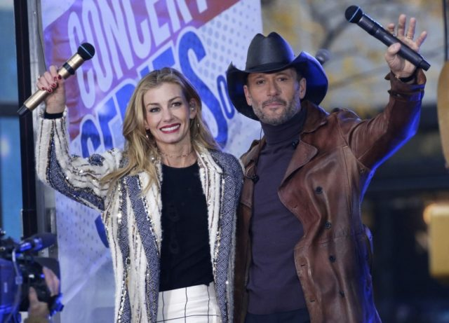Tim McGraw reflects on 'beautiful' life with Faith Hill on 24th anniversary