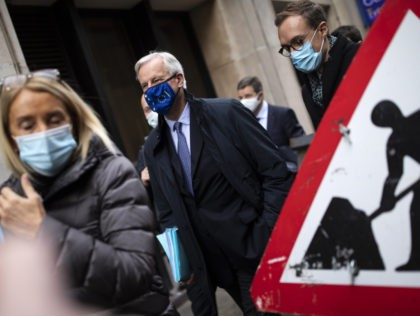 LONDON, ENGLAND - NOVEMBER 09: EU Chief negotiator Michel Barnier walks with members of the EU delegation to the Department for Business, Energy and Industrial strategy in St. James on November 09, 2020 in London, England. The Brexit transition period is due to end on December 31st, after which the …