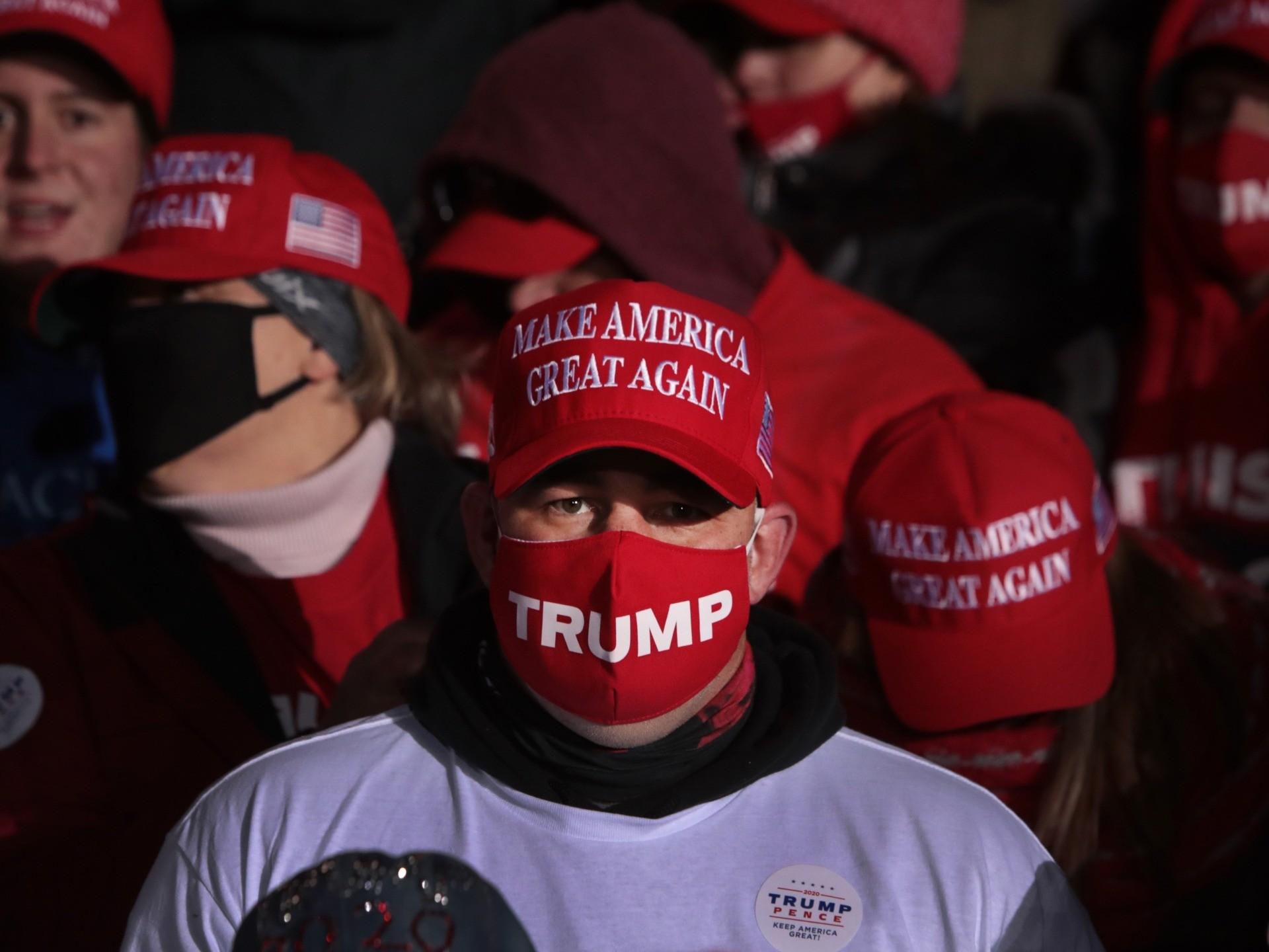 Kenosha mask (Scott Olson / Getty)