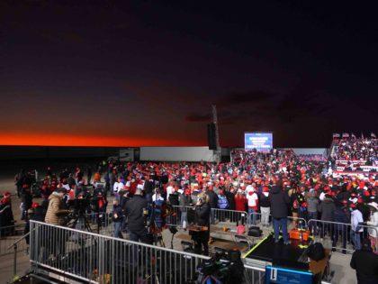 Kenosha red sky (Scott Olson / Getty)